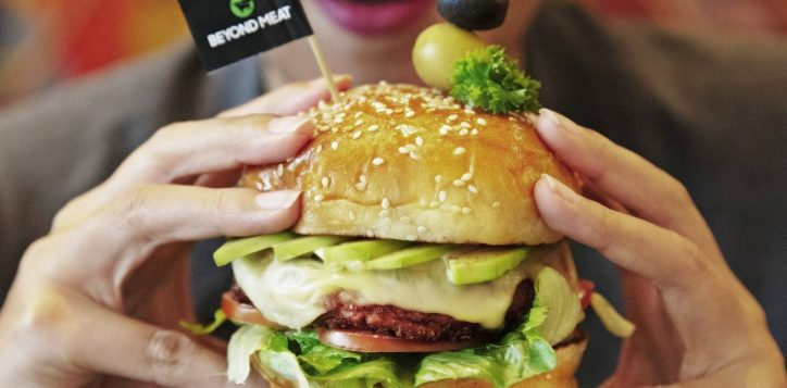 ibisstylesbangkokratchada_beyond-burger-plant-based-2